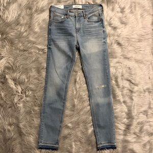 🆕 Zara The Skinny Jeans